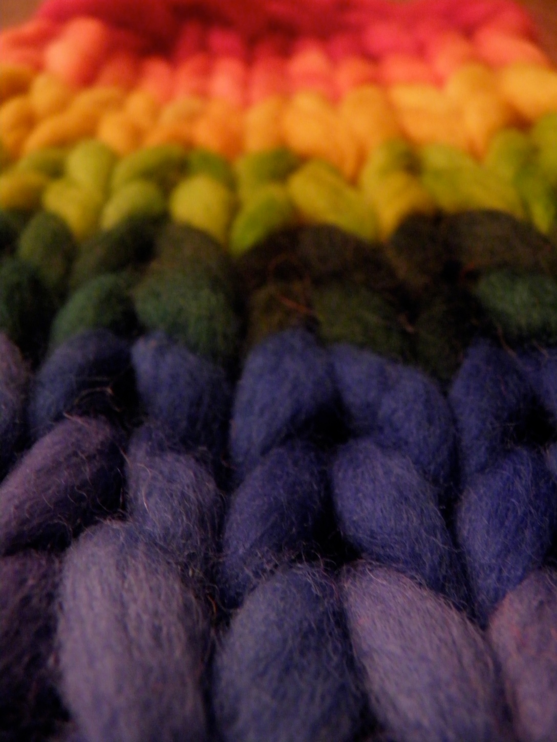 rainbow roving knitted up