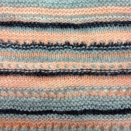 On knitting a random scarf, including a pattern to make your own!